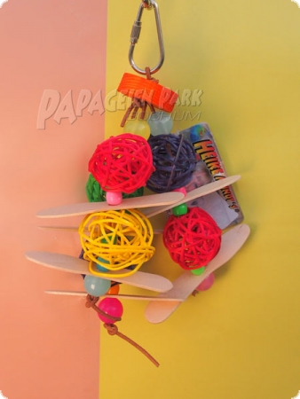 Color Game - parrot & parakeet hanging toy