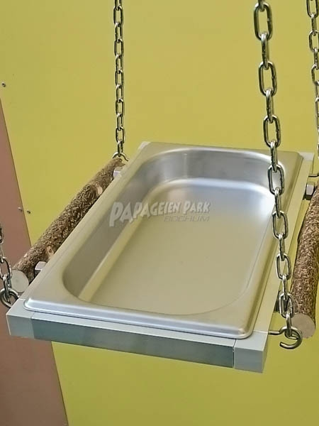 Parrots and parakeets bathtub - X small